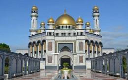 Có gì bên trong thủ đô giàu có của Brunei, nơi gần một nửa dân số sống trong một ngôi làng nổi?