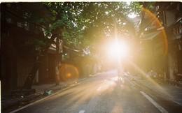 Có một Hà Nội rất khác những ngày này, bình yên và đẹp mơ màng trong nắng mùa thu