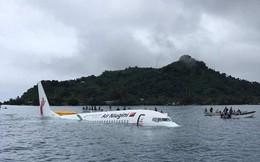 Máy bay chở khách lao xuống biển, gần 50 hành khách thoát chết thần kỳ