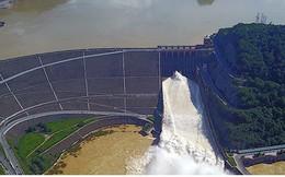 Thủy điện Hòa Bình mở thêm 1 cửa xả đáy vào 13h00 hôm nay (5/9)