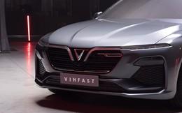 Video: Cận cảnh ngoại thất mẫu xe SUV và Sedan của Vinfast sẽ được trình làng trong tháng 10
