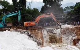 Vỡ đập quặng thải, hàng ngàn m3 chất thải độc hại tràn ra đường, nhà dân