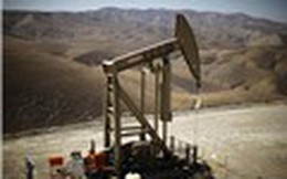 Giá dầu tăng mạnh do tình hình bất ổn ở Iran