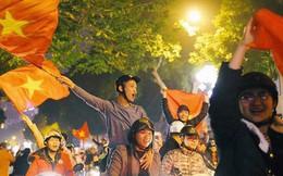 Việt Nam thắng, ai ai cũng muốn đổ ngay ra đường để ăn mừng - có lý giải khoa học cả đấy!