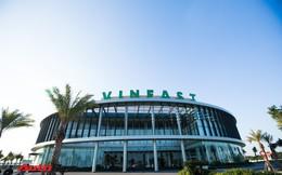 Khu văn phòng nhà máy sản xuất xe máy điện thông minh VinFast đẹp và sạch sẽ như resort