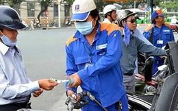 Giá bán xăng quá thấp gây bất ổn thị trường Việt Nam?