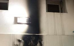 """Đèn sưởi nhà tắm """"phát nổ như pháo hoa"""" và lời cảnh báo cho các gia đình có trẻ nhỏ"""