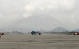 Cận cảnh nghi thức phun nước đón máy bay thế hệ mới Airbus A321neo