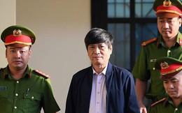 Ông Nguyễn Thanh Hóa phải đi bệnh viện