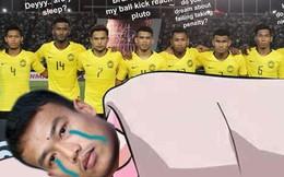 """Fan Malaysia vui sướng tột cùng, hả hê đăng ảnh mỉa mai thủ môn """"nói trước bước không qua"""" của Thái Lan"""