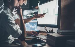 """Thiếu vắng cổ phiếu dẫn dắt, Vn-Index lùi về sát 900 điểm với thanh khoản """"tụt áp"""""""