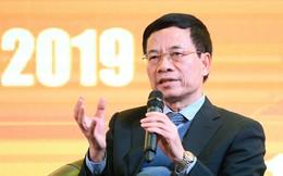 Bộ trưởng Nguyễn Mạnh Hùng: Những gì máy móc làm được chỉ từ mặt đất lên đến mặt bàn, còn từ mặt bàn lên vô hạn là công việc của con người!