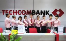 Thăng 3 hạng trong Top lợi nhuận, thu nhập bình quân nhân viên Techcombank vọt lên 30 triệu đồng/tháng