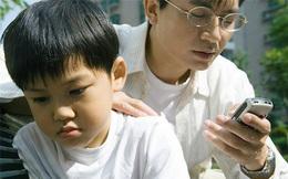Lời cảnh tỉnh đến các bậc phụ huynh: Vì con trẻ, hãy đặt smartphone của mình xuống!