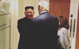 Thư ký báo chí Nhà Trắng tiết lộ bức ảnh đầy bất ngờ khi kết thúc cuộc họp Trump - Kim