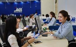 MBBank báo lãi trước thuế 2.424 tỷ đồng trong quý 1, thu nhập từ dịch vụ tăng đột biến