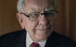 Warren Buffett chia sẻ lý do khiến ông mỗi sáng thức dậy bước chân ra khỏi giường mà vẫn vui vẻ dù đã 88 tuổi