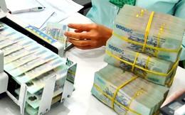 """Tổng tài sản hệ thống ngân hàng """"bốc hơi"""" gần 140 nghìn tỷ đồng chỉ trong 1 tháng"""