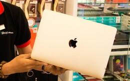 """Sự """"màu mỡ"""" của iPhone và bài học rút ra bởi FPT Shop sau một năm """"táo khuyết"""" không như ý muốn"""