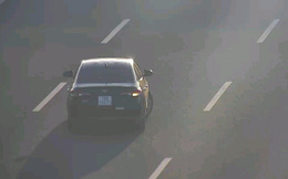 Ô tô con lùi trên cao tốc Hà Nội – Hải Phòng khiến xe bồn loạng choạng
