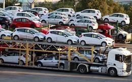 Giá ô tô về Việt Nam bị đội thêm chi phí, doanh nghiệp lý giải một phần nguyên nhân