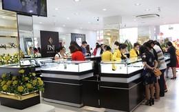 Giá vàng đảo chiều giảm mạnh gần 500 nghìn đồng/lượng