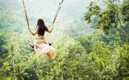 """Trải nghiệm du lịch Bali Swing – Trò """"đu dây"""" mạo hiểm nhưng vạn người mê ở quốc đảo Indonesia"""