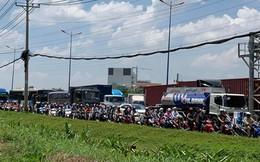 Cửa ngõ Đông Sài Gòn kẹt xe nửa ngày vẫn chưa thông