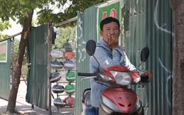 """Hà Nội: Đề xuất """"xe ôm"""" phải đeo thẻ hoạt động vận chuyển trên ngực áo trái"""