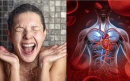 Bác sĩ tim mạch cảnh báo 5 đối tượng không được phép tắm nước lạnh trong ngày hè dù thời tiết nóng đến mấy