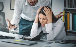 Chán ghét công việc: Hãy tự hỏi 7 câu này để tìm ra lối đi mới trong sự nghiệp, nhiều tiền và hạnh phúc hơn