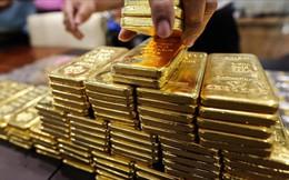 Đầu tuần, giá vàng tiếp tục giảm
