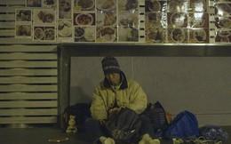 Kỳ lạ người đàn ông từ bỏ cuộc sống trung lưu làm người vô gia cư