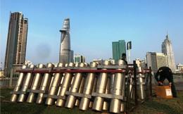 Trận địa 2.700 quả pháo hoa chờ khai hoả đón giao thừa ở Sài Gòn