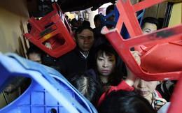 Hàng nghìn người chen chân dâng sớ cúng giải hạn sao La Hầu tại chùa Phúc Khánh