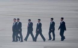 """Lực lượng mật vụ tinh nhuệ của ông Kim Jong-un """"đổ bộ"""" hùng hậu xuống Hà Nội"""