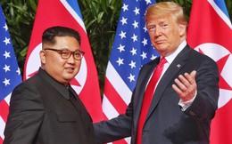 Tổng thống Donald Trump thông báo khởi hành sang Việt Nam