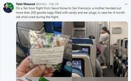 Cho con 4 tháng tuổi đi máy bay, bà mẹ gửi kẹo và bịt tai cho 200 hành khách nhưng đáng chú ý là tờ giấy đính kèm
