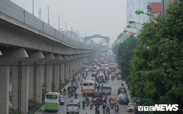 Ảnh: Đường sắt 20.000 tỷ đồng sắp hoạt động vẫn nhếch nhác giữa Thủ đô