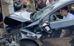 Tài xế xăm trổ nhảy múa bên vô lăng sau khi gây tai nạn: Nhiều xe hư hỏng nặng
