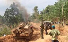 Lương thấp như cán bộ bảo vệ rừng: Đi 30 km/ngày, lương 3 triệu/tháng