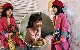"""Cô bé vô gia cư 6 tuổi ở Hà Nội gây chú ý với thần thái cùng cách phối quần áo cũ cực """"chất"""""""