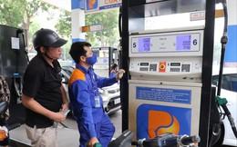 Xăng, dầu tăng giá 2 lần liên tiếp: Quỹ Bình ổn có nên tồn tại?