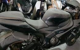 """""""Xót của"""" những siêu môtô đắt tiền bị bỏ xó"""