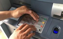 Nhiều chủ thẻ ngân hàng bị siết giao dịch trong dịp lễ để tránh bị đánh cắp