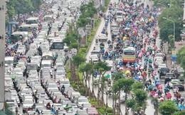 Ảnh: Đường phố Hà Nội tắc nghẽn kinh hoàng trong ngày làm việc đầu tiên sau kỳ nghỉ lễ 30/4 - 1/5