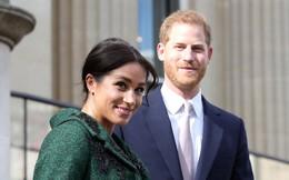 Vừa mới chào đời, con đầu lòng của Meghan đã làm nên lịch sử của Hoàng gia Anh, nổi bật nhất từ trước đến nay