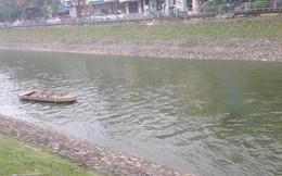 Vì sao nước sông Tô Lịch chuyển màu xanh?