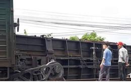 Lật toa tàu hỏa ở Nam Định, đường sắt Bắc-Nam bị tê liệt