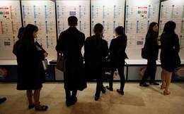 """""""Thừa thày thiếu thợ"""", Hàn Quốc phải """"xuất khẩu"""" cử nhân thất nghiệp"""